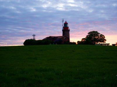 blaue-stunde-am-leuchtturm-bastort-c-tsk-gmbh